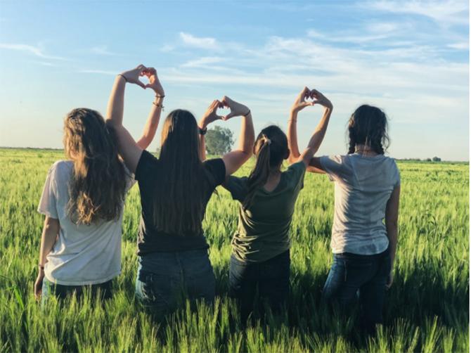 友達や家族と一緒に通うと学割がもっと安くなる割引はある?