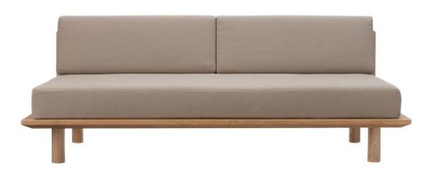 無印のソファーベッドは、ベッドフレームに背板とマットレス、クッションパーツなどを追加することで完成